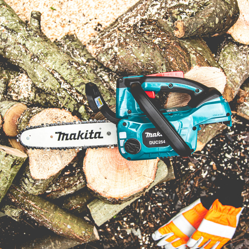 Makita 18V 25cm Top Handle Brushless Cordless Chainsaw