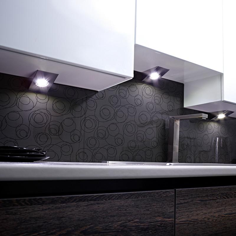 Sensio LED Low Voltage Wedge Under Cabinet Light Kit 24V